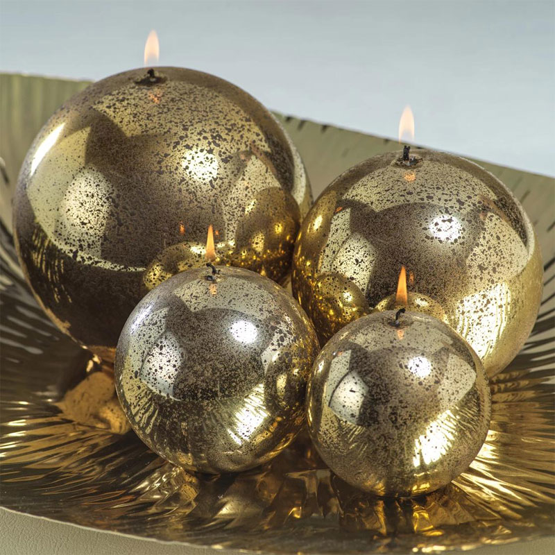 metallic-ball-candle-antique-gold-roomshot1