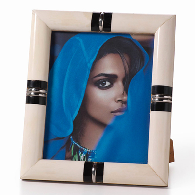 bone-and-horn-photo-frame-5x7-front1