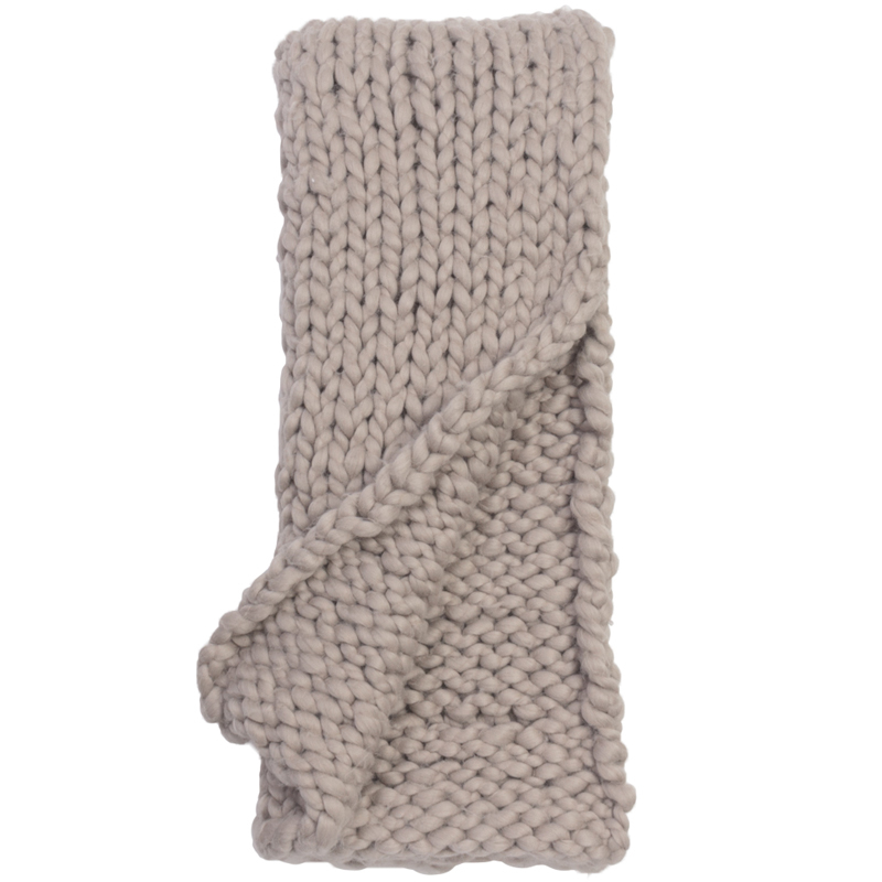 hannah-chunky-knit-throw-platinum-grey-front1