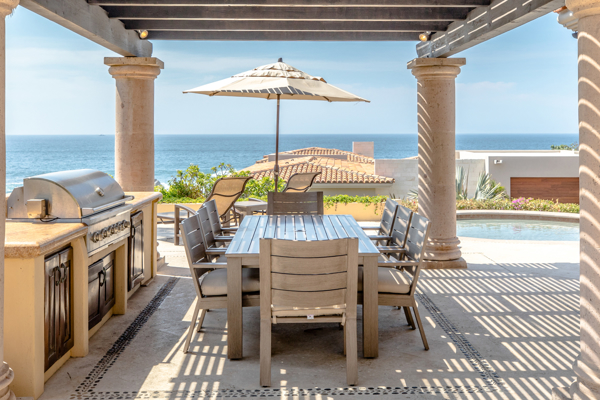 Picture for category Outdoor Dining Tables